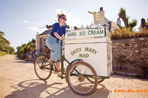 Chỉ tại thằng bán kem