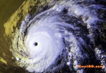 Cơn bão khủng khiếp